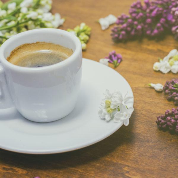 Kaloryczność kawy. Wróg czy przyjaciel diety?