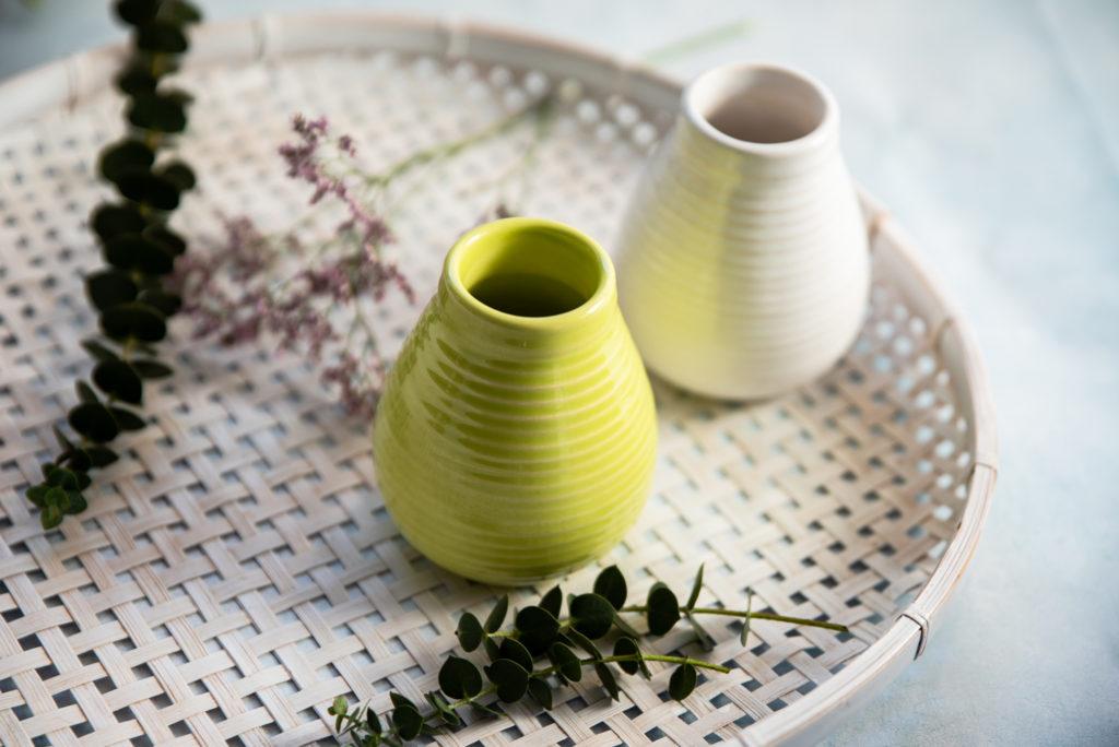 ceramiczne matero w kolorach zielony i biały
